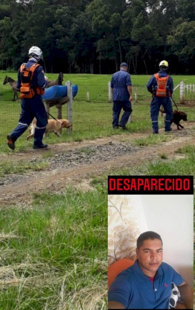 CÃES DO BOMBEIRO MILITAR DE SC SÃO ACIONADOS PARA BUSCA DE HOMEM DESAPARECIDO EM LEBON RÉGIS