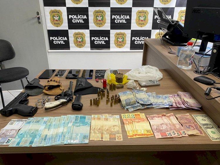 OPERAÇÃO NEVASCA DEFLAGRADA PELA POLÍCIA CIVIL DE LEBON RÉGIS, PRENDE TRAFICANTE DROGAS E ARMAS