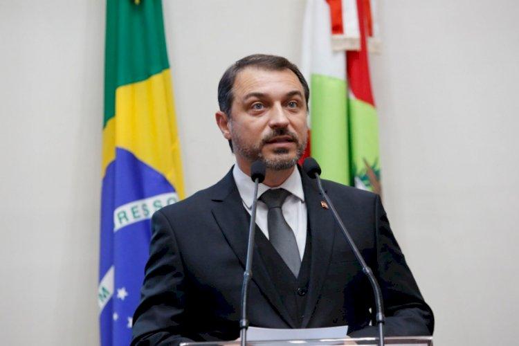 GOVERNADOR CARLOS MOISÉS DEIXA O PSL